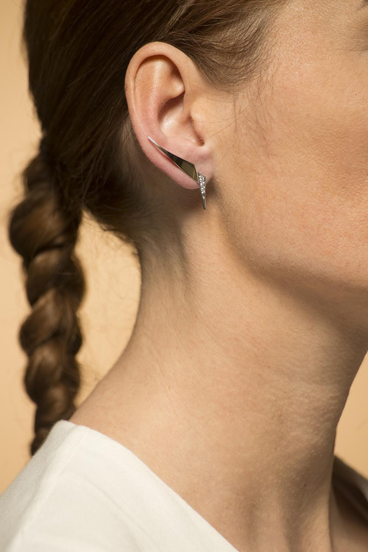Geelgouden oorstekers met diamanten - Trio-7