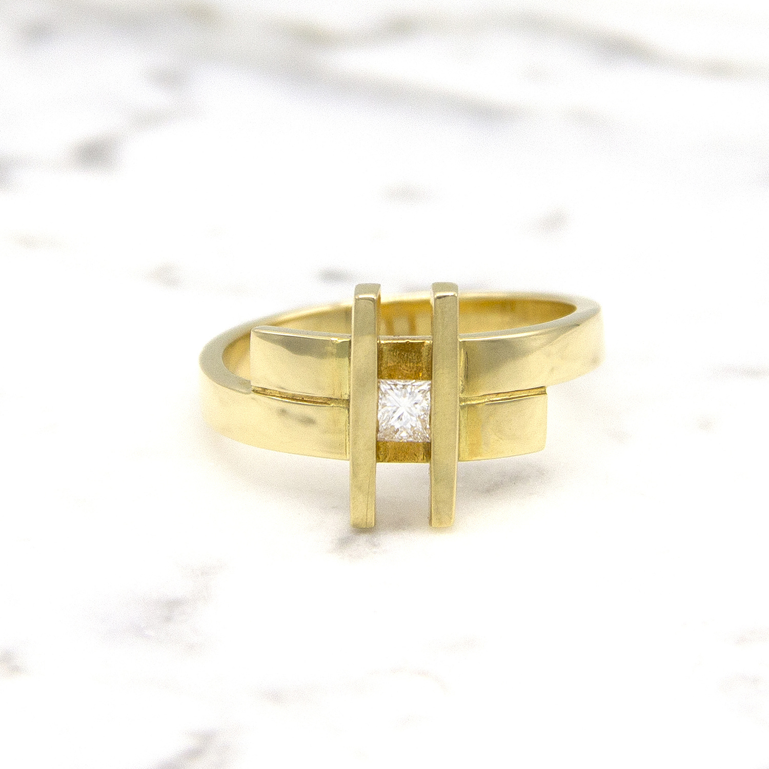 Geelgouden ring small- Princess-1