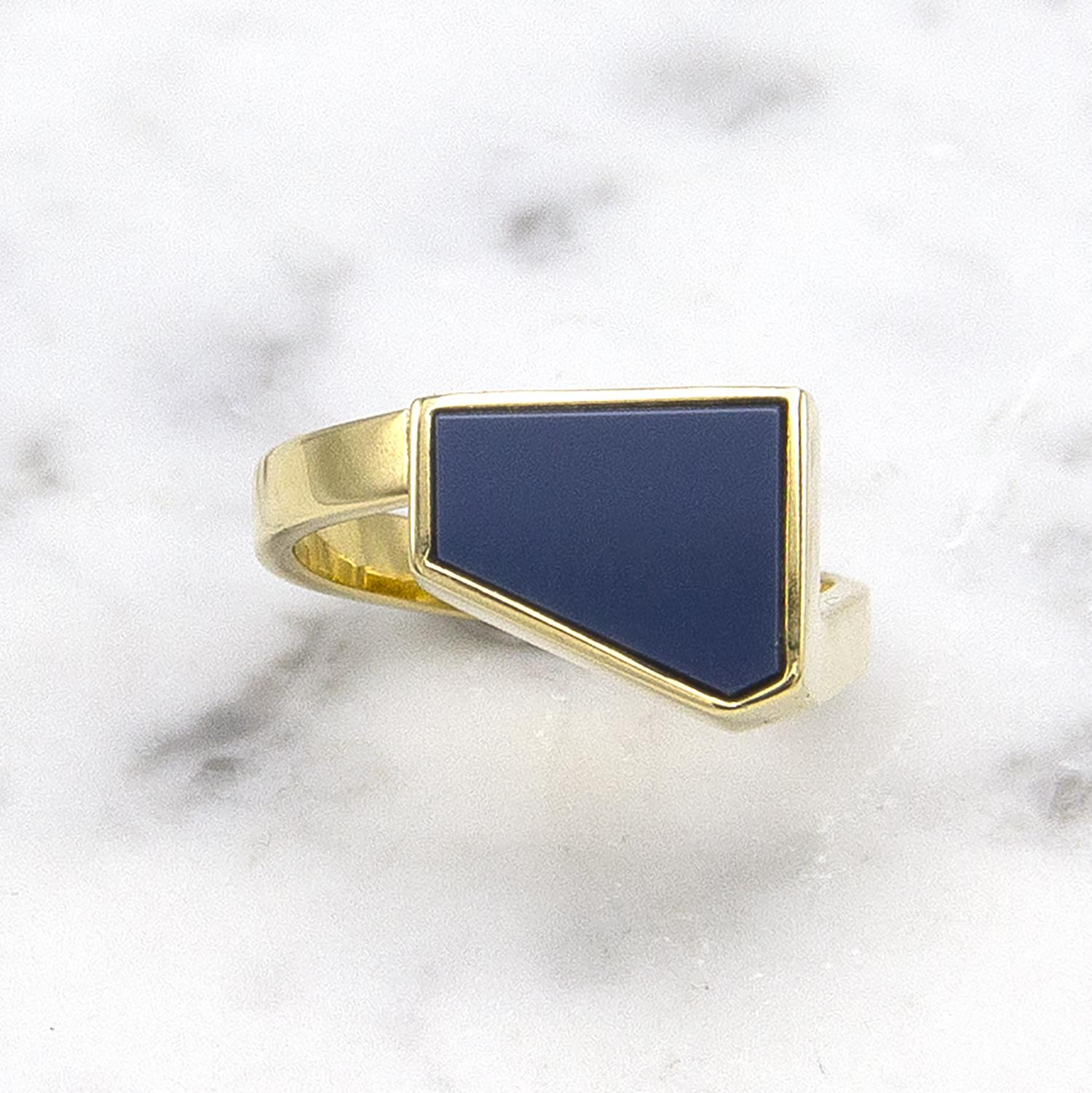 Geelgouden zegelring met blauwe lagensteen - Straight-1