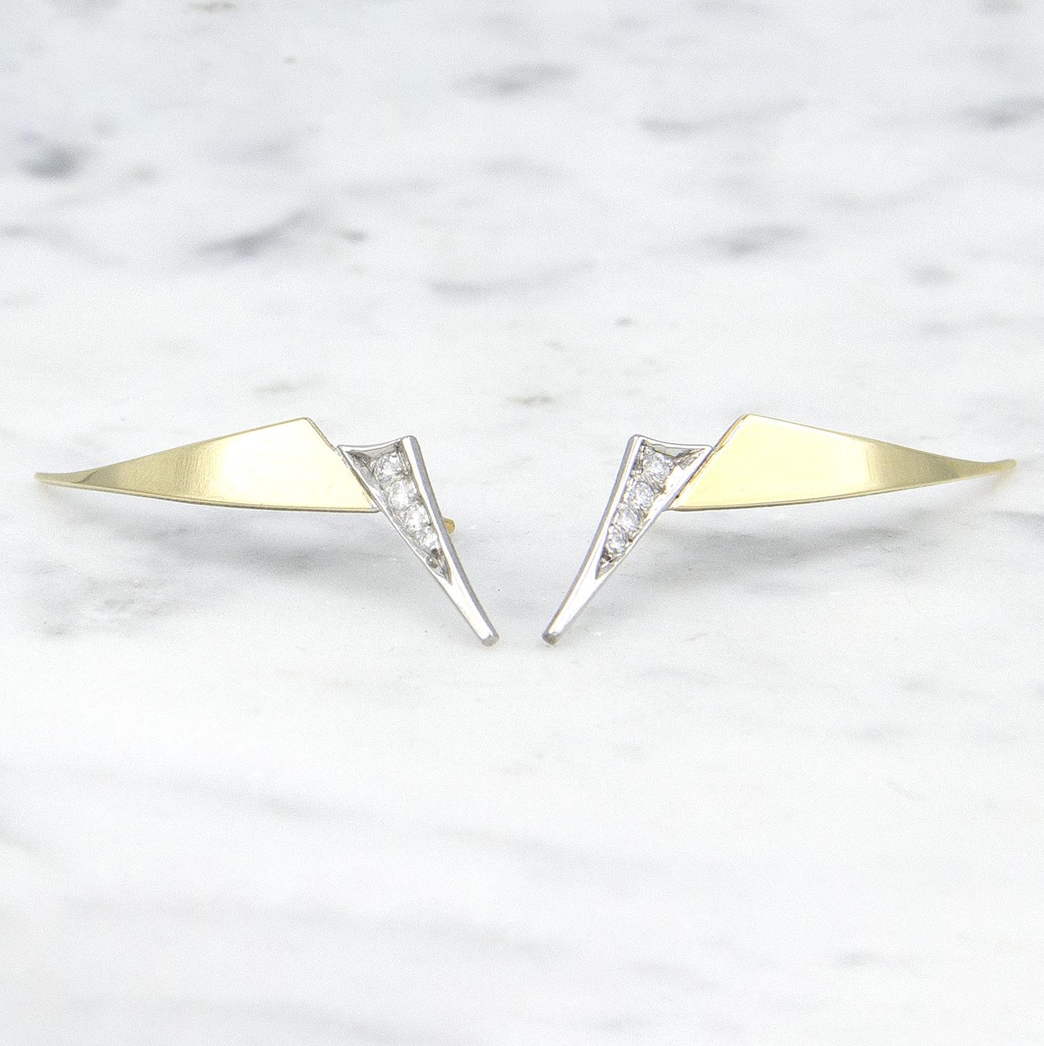 Geelgouden oorstekers met diamanten - Trio-1