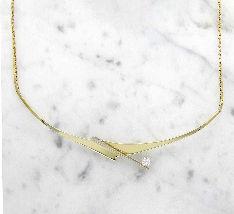 Geelgouden ketting met diamant - Crossbow-1