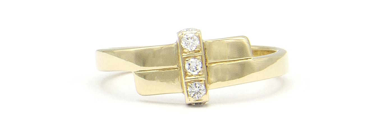 Geelgouden ring met 5 diamanten - Mondria-5