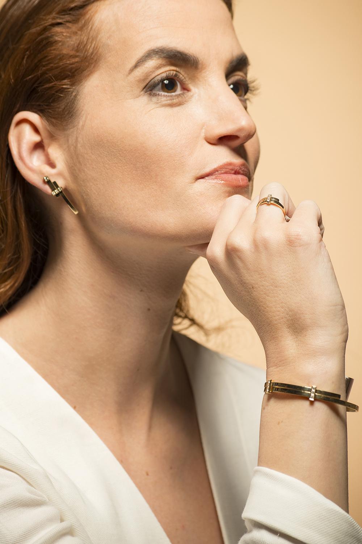 Geelgouden ring met 5 diamanten - Mondria-7