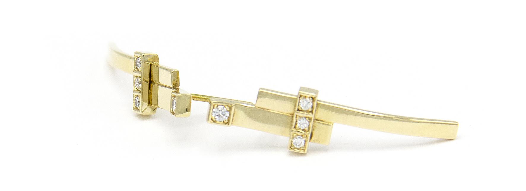Geelgouden oorstekers met diamant  - Mondria-5
