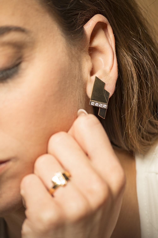Geelgouden oorstekers met diamanten - Mondria-6
