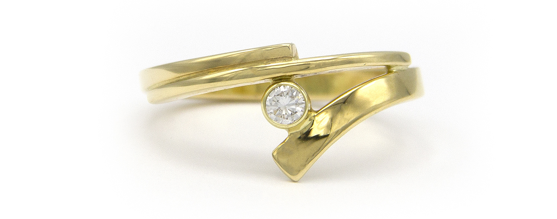 Geelgouden ring met diamant - Smedy-4