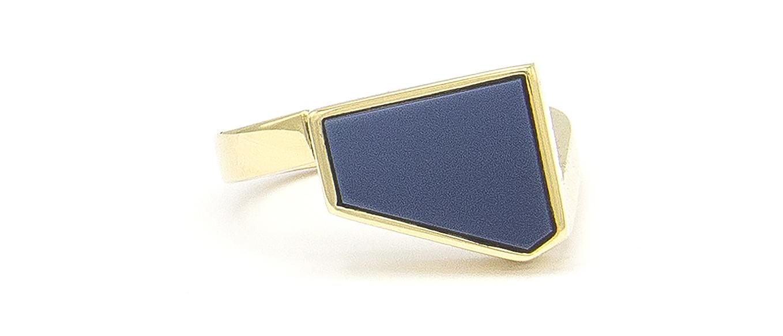 Geelgouden zegelring met blauwe lagensteen - Straight-4