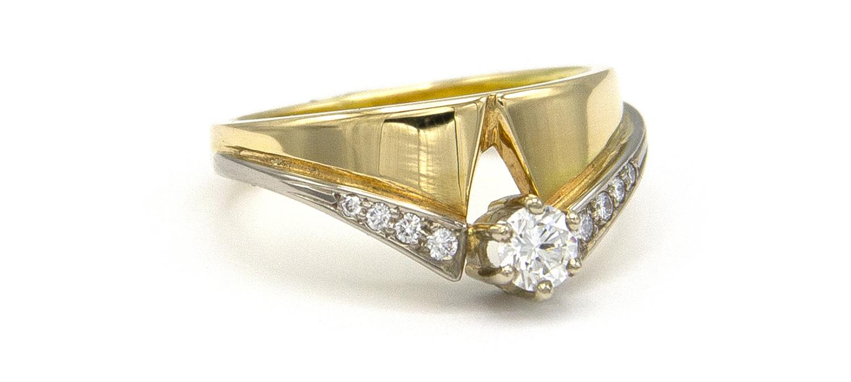 Geelgouden ring met diamanten - Trio-3