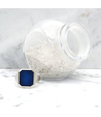 Assieraad - Witgouden zegelring met blauwe lagensteen