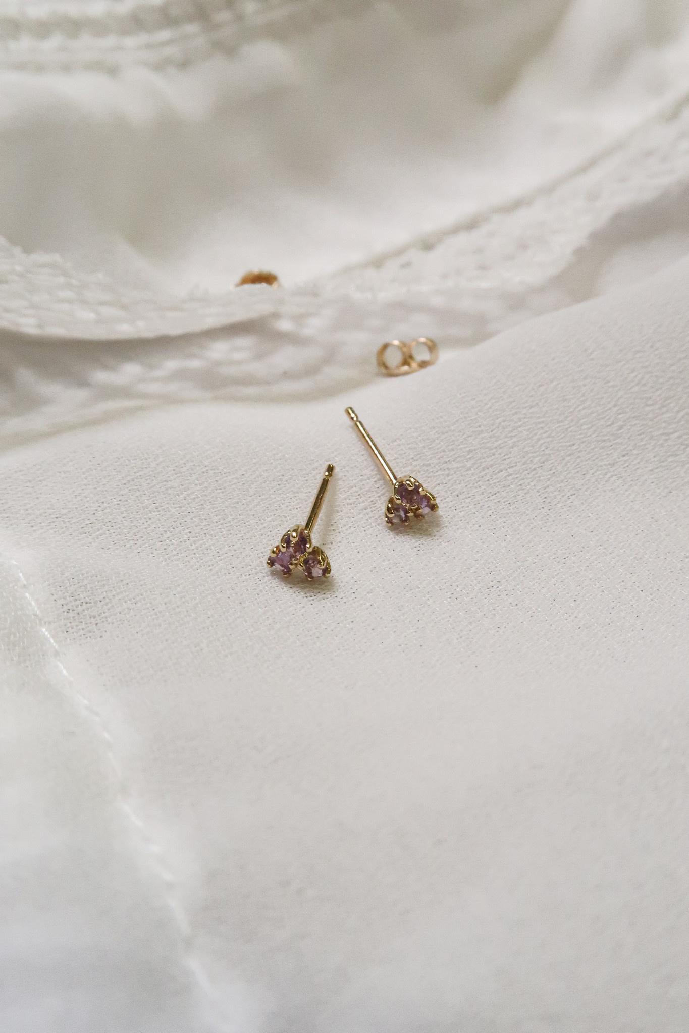 14 karaat geelgouden oorstekers - Jackie  - Triangle Amethyst-3