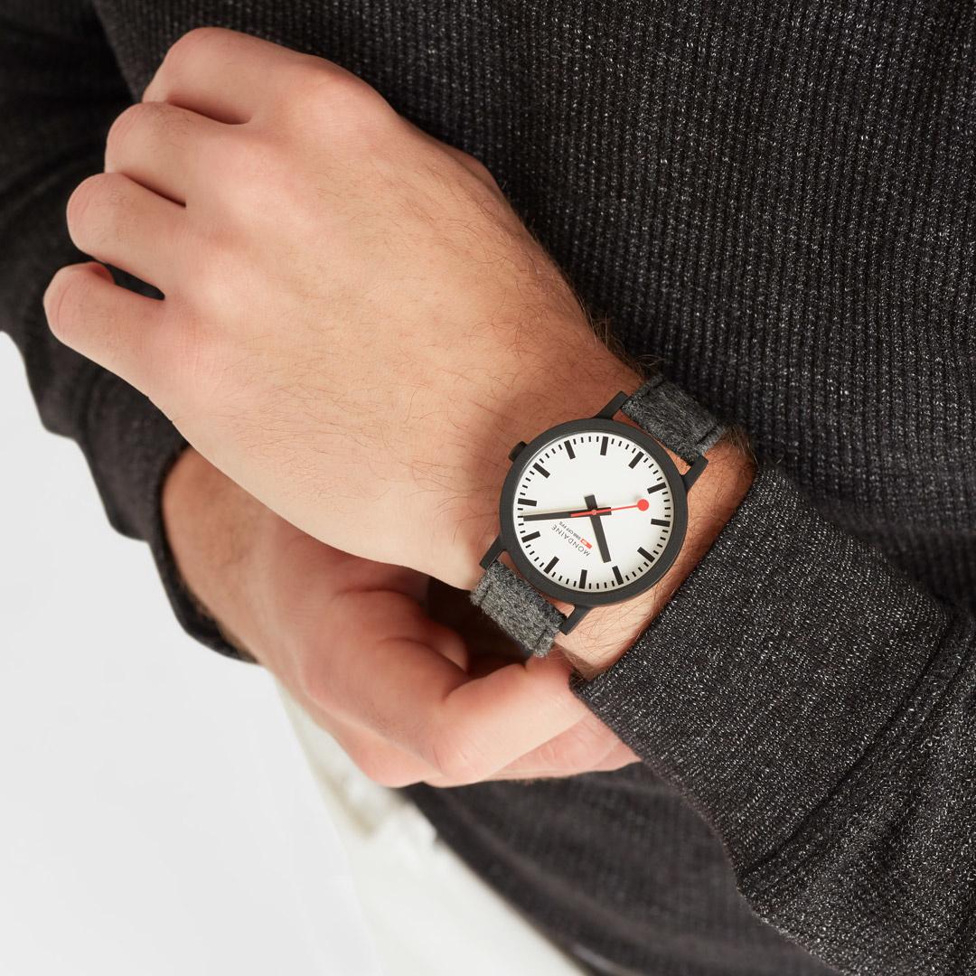 Mondaine - Horloge Unisex - Essence - MS1.41110.LH-2