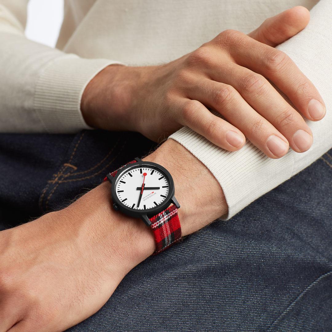 Mondaine - Horloge Unisex - Essence - MS1.41111.LC-2
