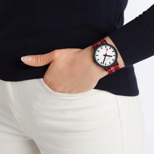 Mondaine - Horloge Unisex - Essence - MS1.41111.LC-3