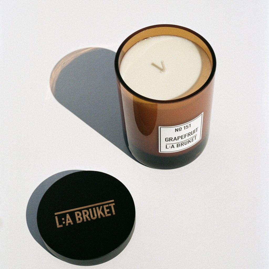 L:A Bruket Scented Candle 260g Grapefruit