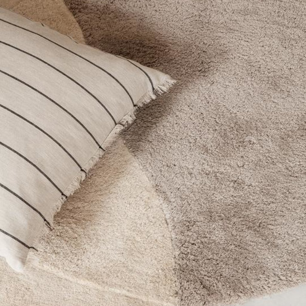 Ferm Living Calm Cushion 80 x 80 - Camel / Black
