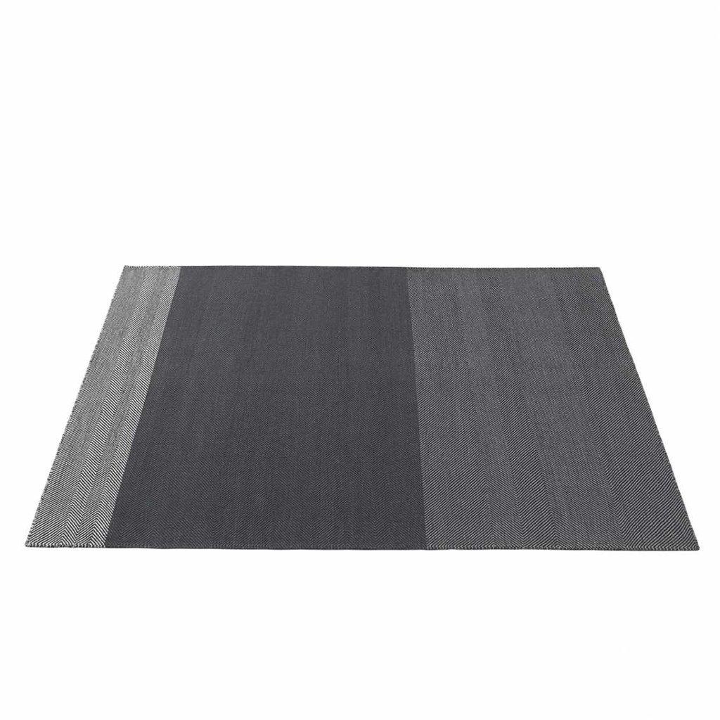Muuto Varjo rug - Dark Grey - 170x240 cm