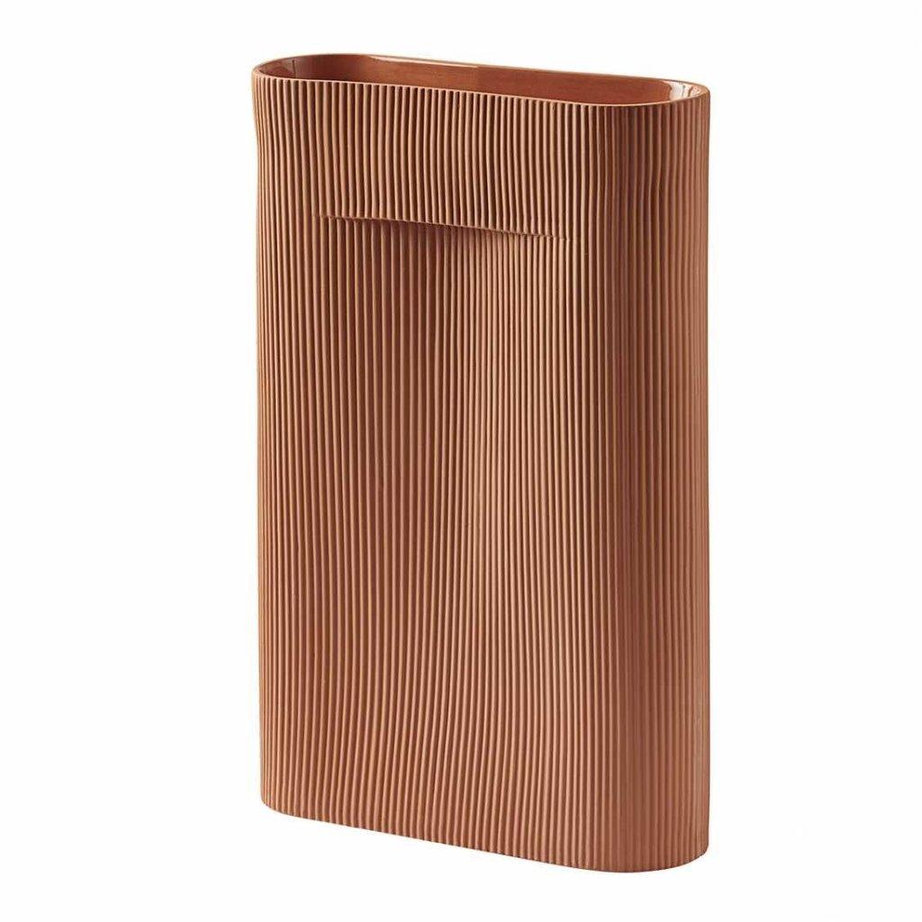 Muuto Ridge Vase - H35 - Terracotta