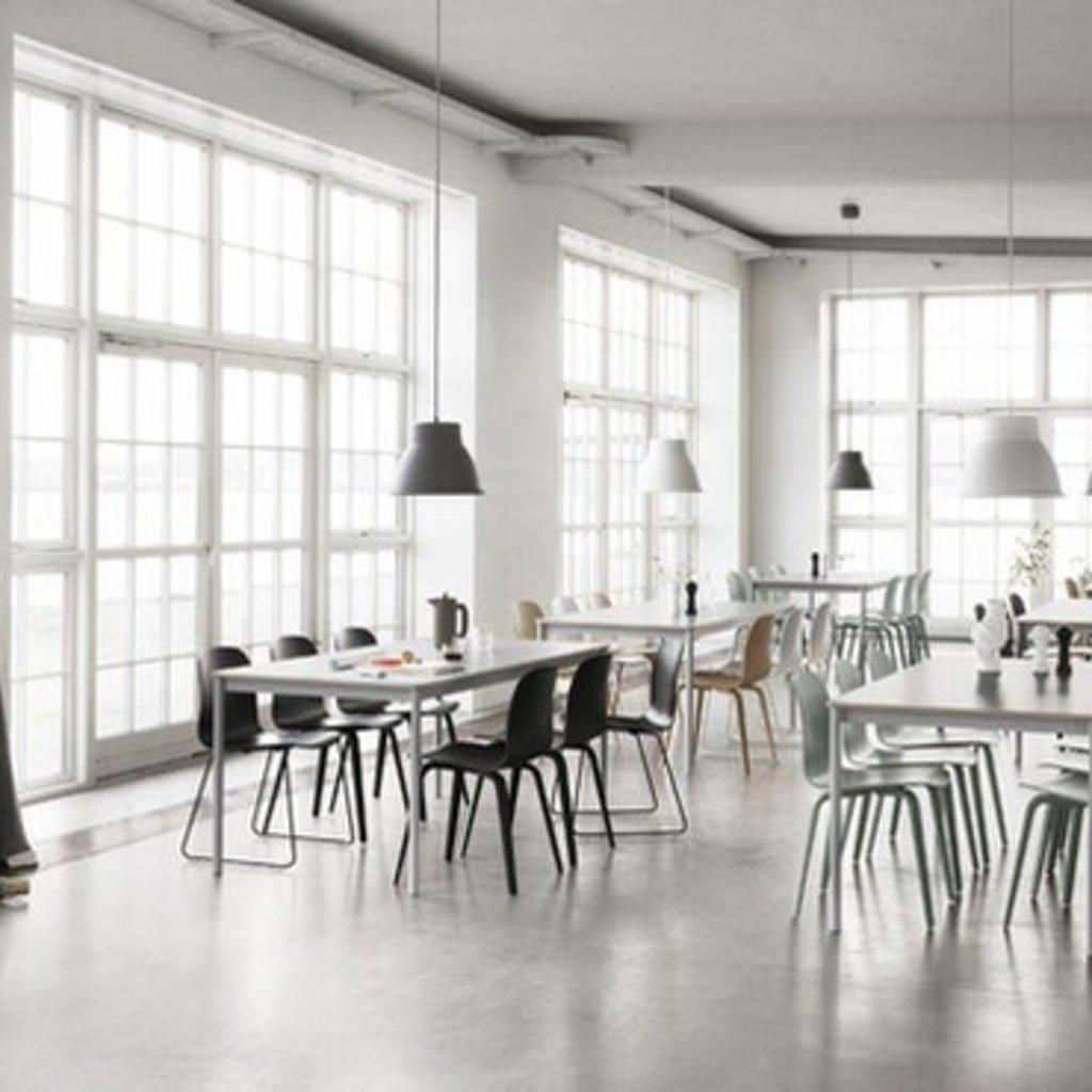 Muuto Base Table - 140x80cm
