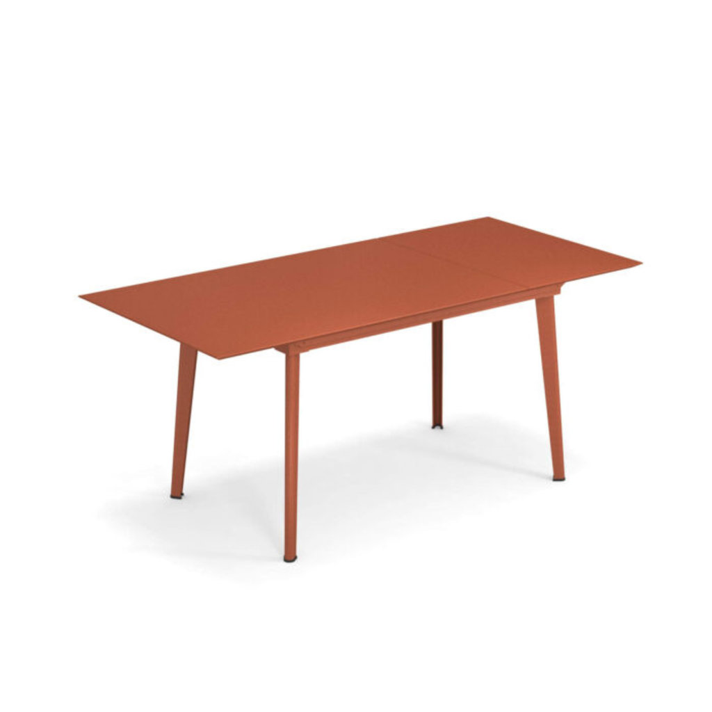 EMU 3485 PLUS4 TABLE 160+110/90 MAPLE RED - SHOWROOM MODEL