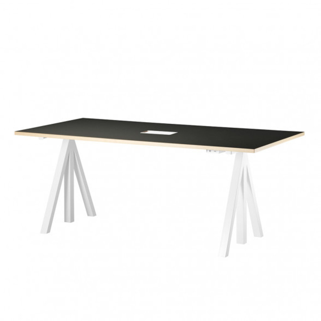 String Height-adjustable work desk