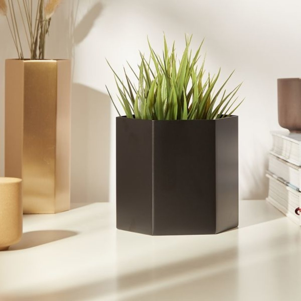 Ferm Living Hexagon Pot - Black - Large