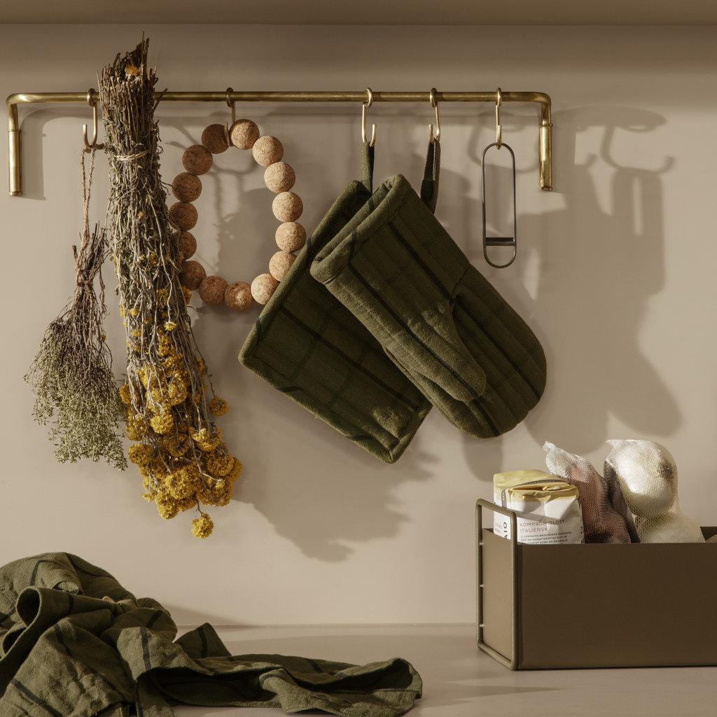 Ferm Living Kitchen Rod incl. 6 hooks - Brass