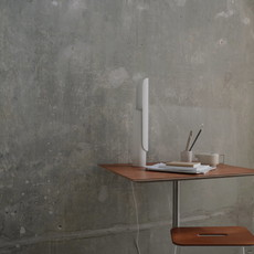 FRAMA T-lamp l table l white