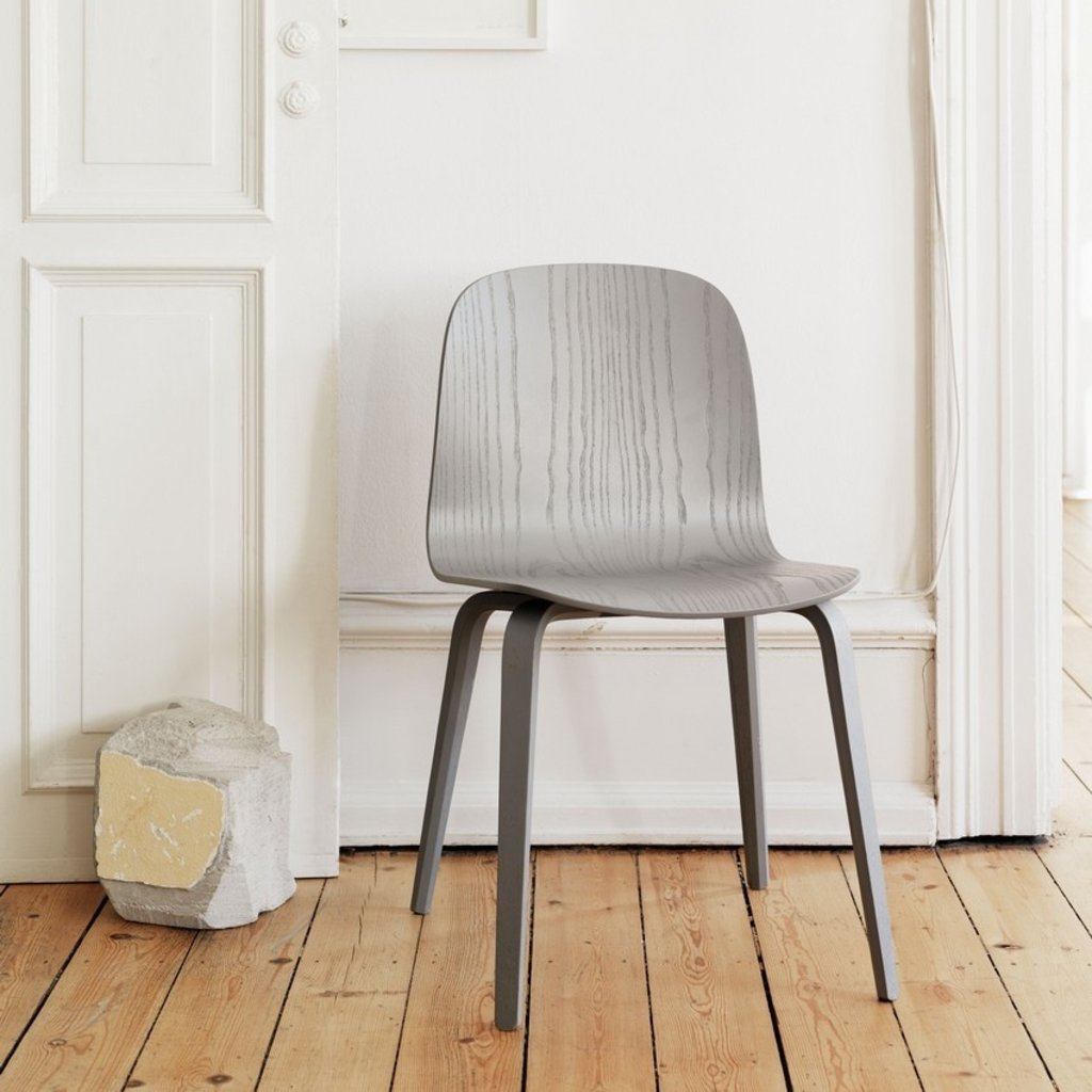 Muuto Visu Chair - Wood Base - Dark Grey