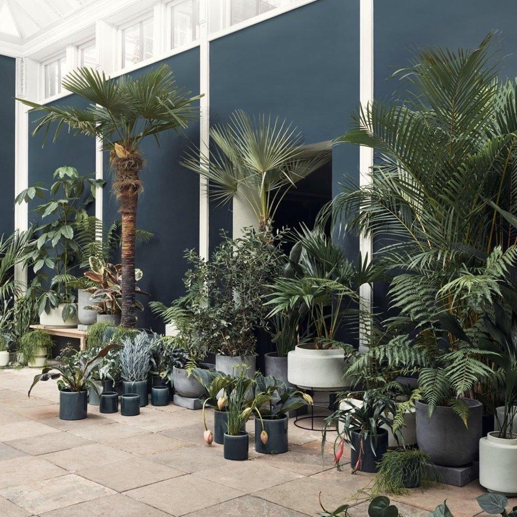 Bolia Podium Plant Pot Medium