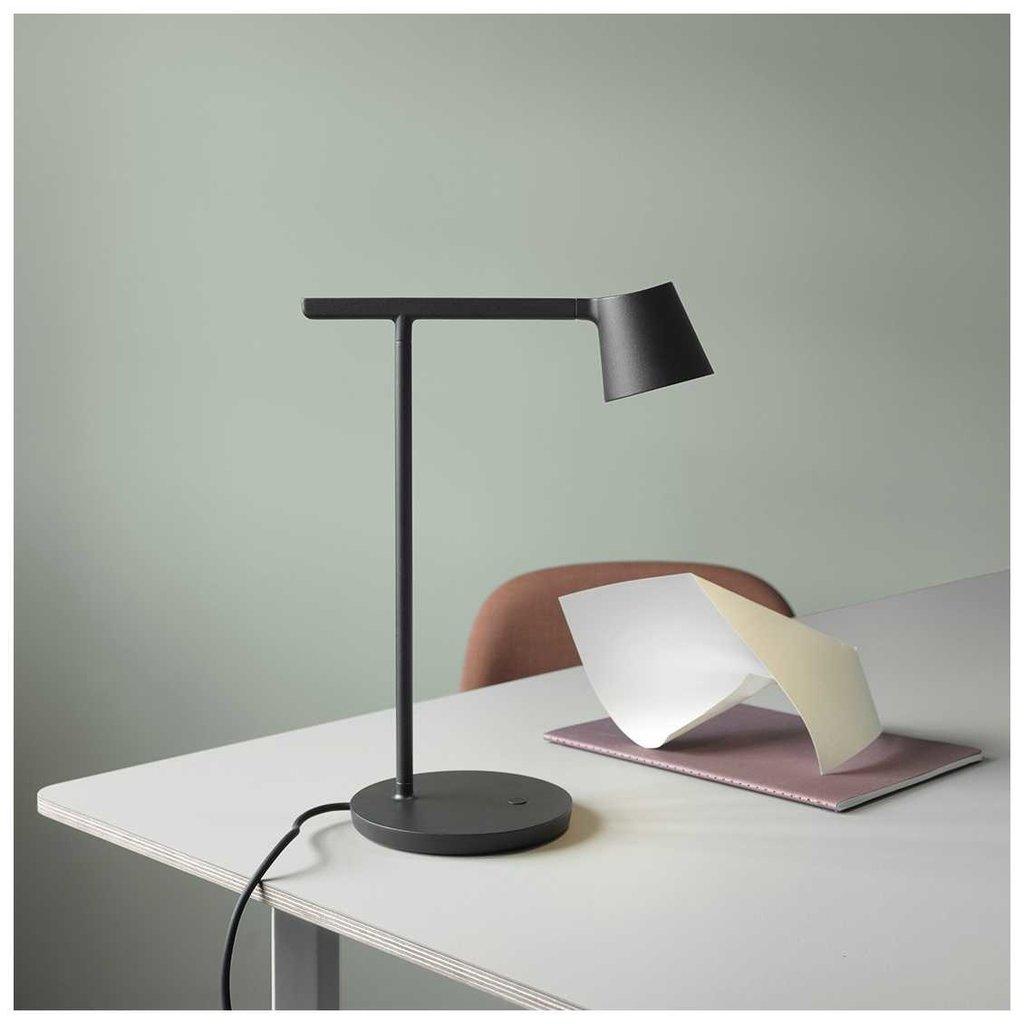 Muuto Tip Table Lamp - Black