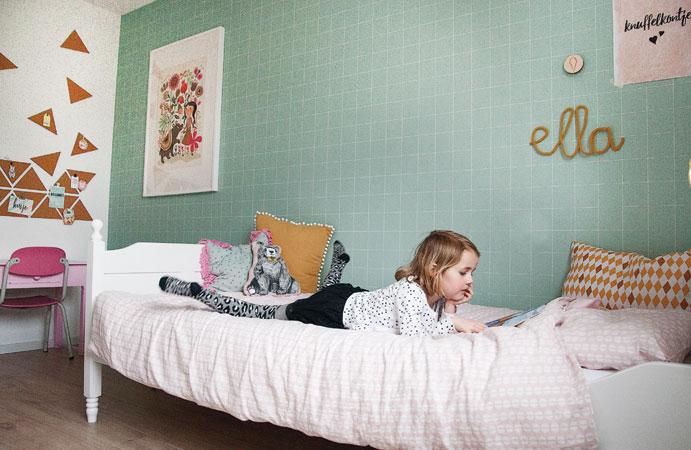 Ella bed meisjeskamer mint roze