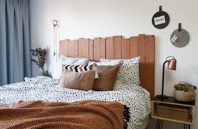 Slaapkamer  in roestbruin