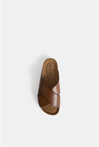 Redesigned slippers 5031 VINA Cognac