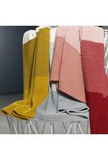 Disana Disana - deken, knitted, roze/ecru, 100 x 80 cm