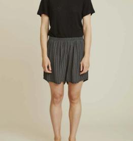 Basic apparel Elly short black print