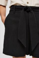 Selected Femme Malvina shorts black