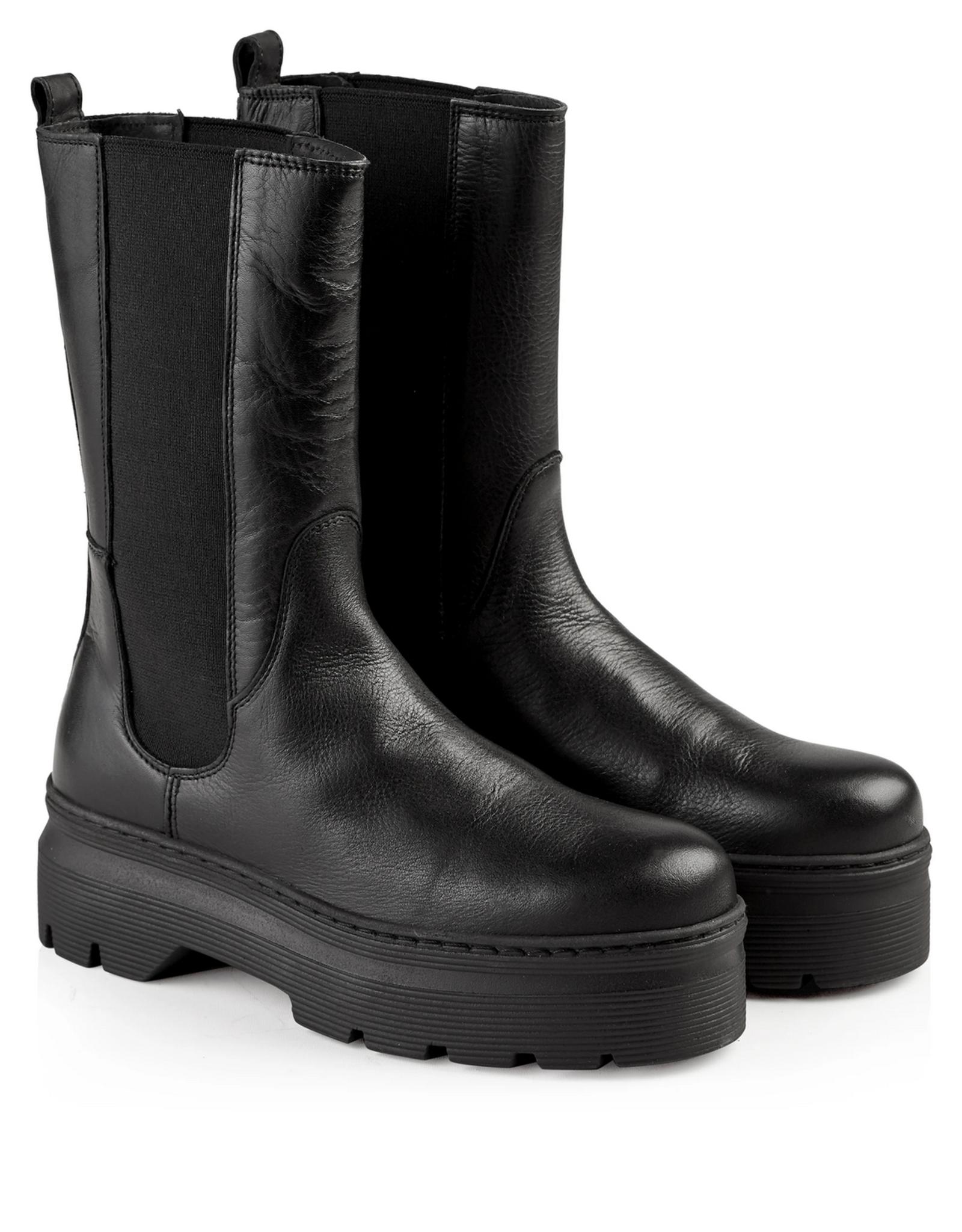 Pavement Aya leather black