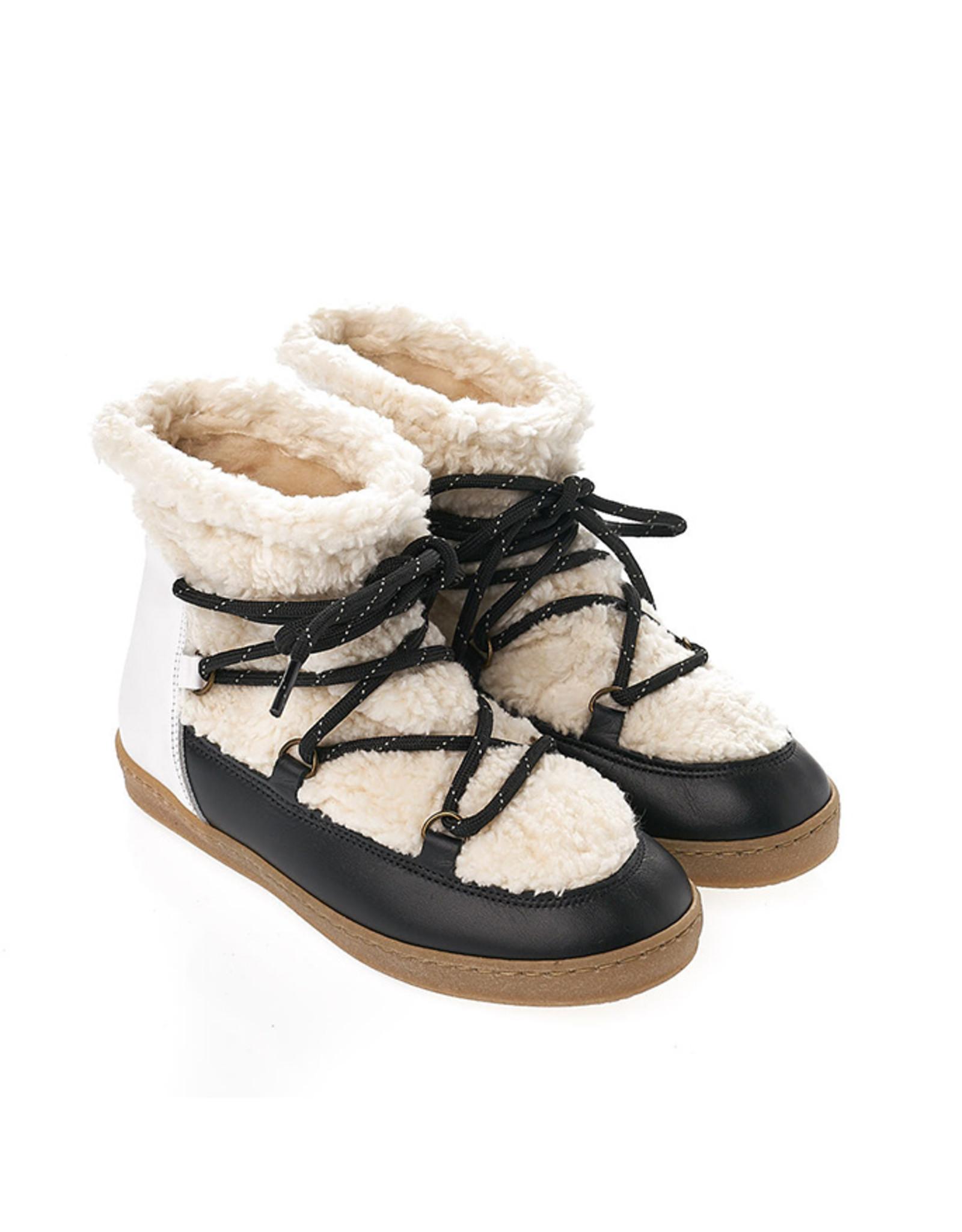 Skymo Boots Black White