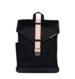 Bold Banana Bag Black/pink