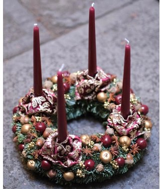 Standing Christmas Wreath w/ Candles ø 32cm (red)