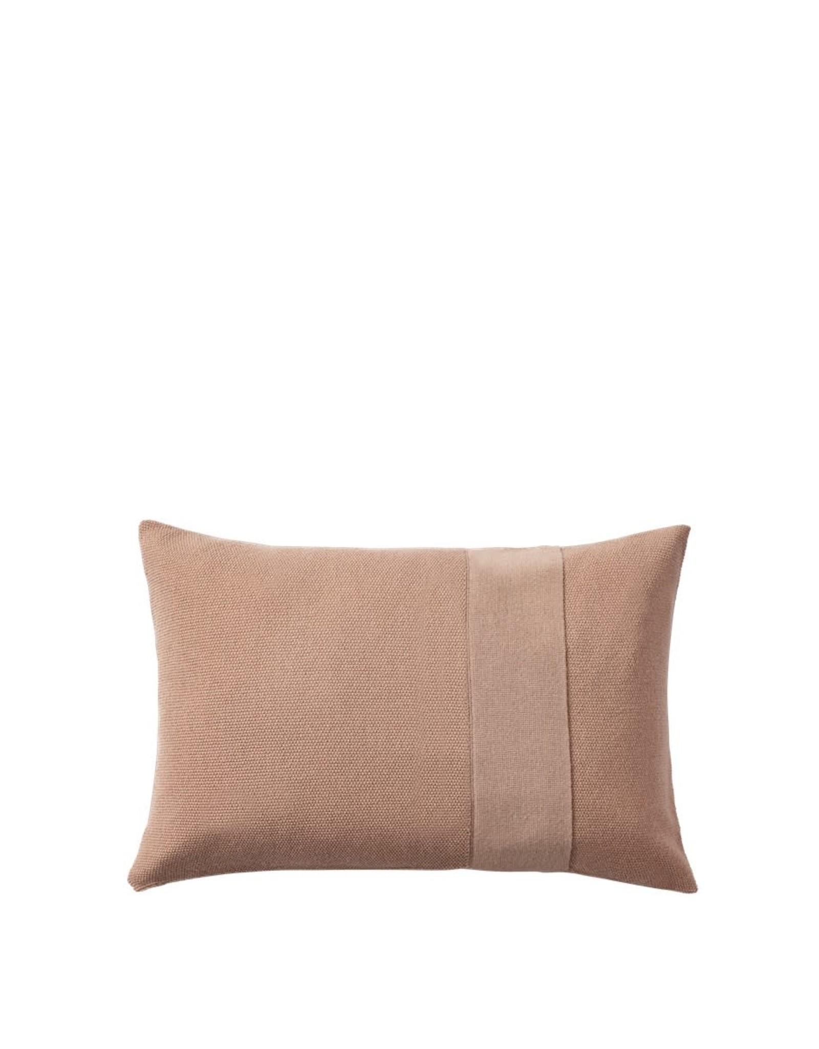 Muuto Muuto Layer Cushion 40x60 dusty rose