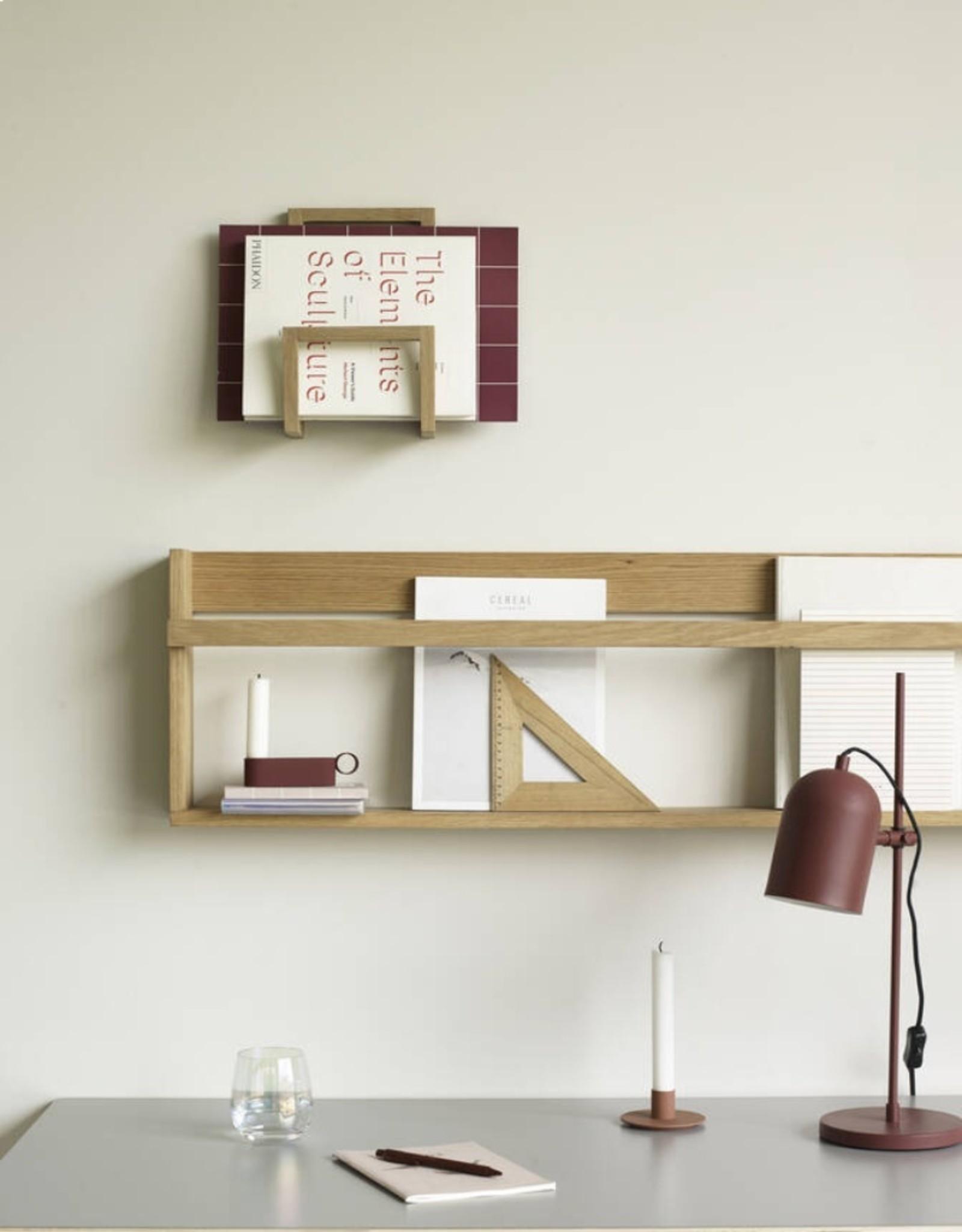 Hübsch Hübsch Magazine holder for wall, oak, 17x10xh27cm