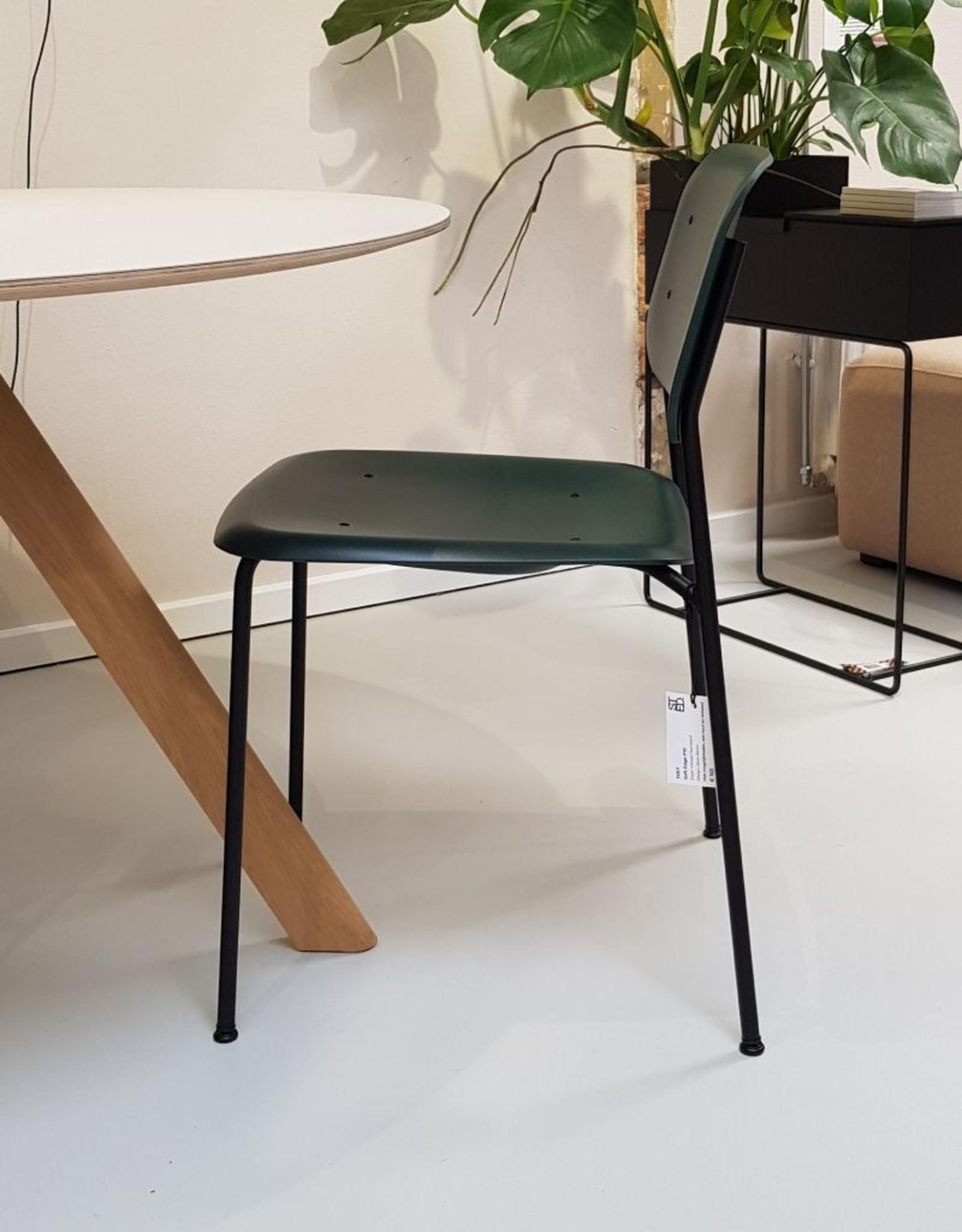 HAY HAY Soft Edge P10 chair black steel legs / hunter shell SHOWMODEL
