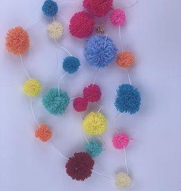 Girlande Pom Pom mix verschiedene Grössen