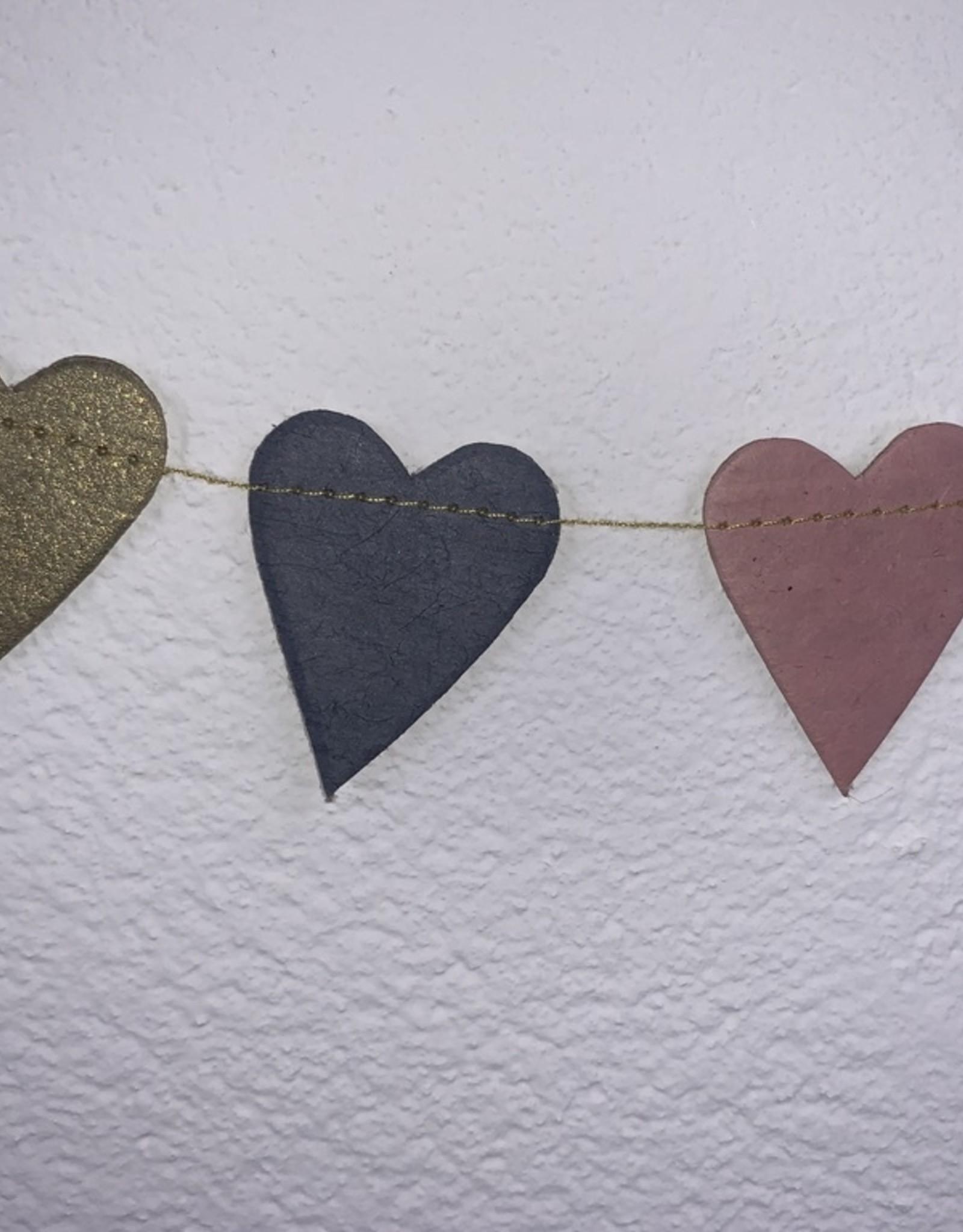Girlande Happy Herzen klein Handgeschšpftes Papier
