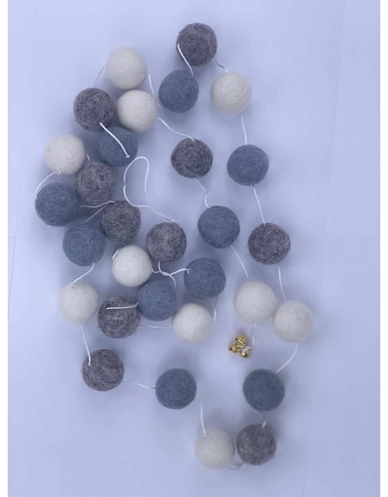sense&purpose Filz Girlande Grey Offwhite 100% Wolle