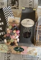 Bedanktpakket Thee met wenschocolade en diverse lekkernijen