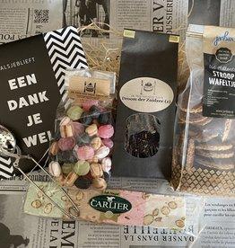 Bedanktpakket Thee met wenschocolade en lekkernijen