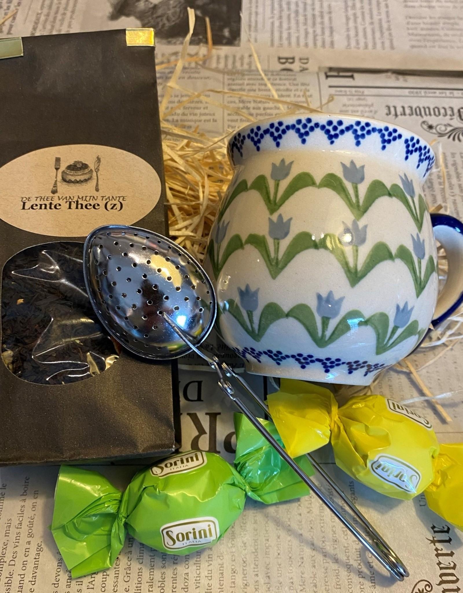 Lentepakketje met Bunzlaumok blauwe tulpen