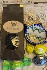 Lente theepakketje met Bunzlau theetip blauwe tulpen